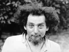 The American OuLiPo writer Harry Mathews wrote this essay about Georges Perec's novel La Vie mode d'emploi after it was translated and published in America as Life A User's Manual.