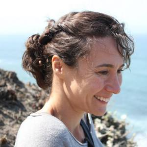 "Selin Gökçesu's essay ""Under the Aegean Moon"" appeared in the Tin House blog ""Open Bar."""